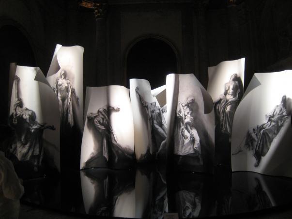 «Extases» d'Ernest Pignon-Ernest à L'Eglise des Ames du Purgatoire à Naples
