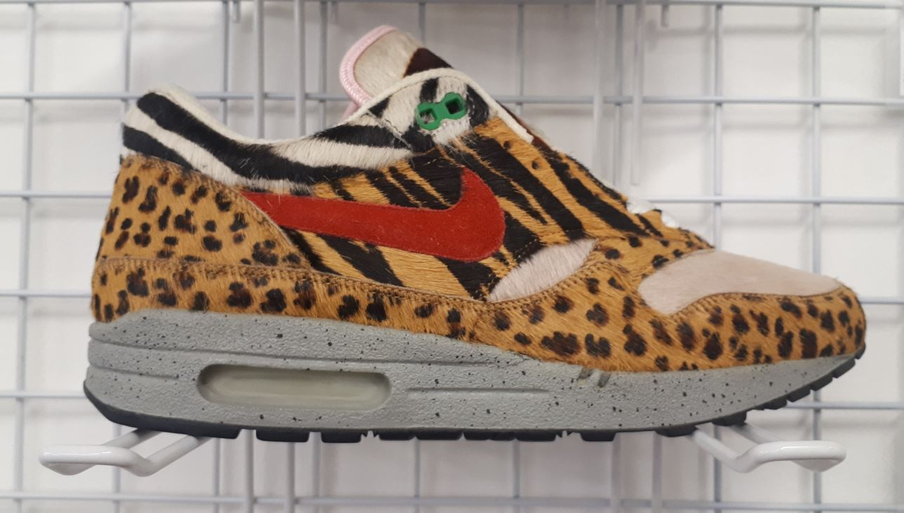Basket à imprimé léopard et zèbre